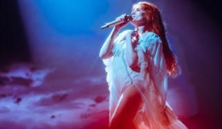 Οι ώρες εμφάνισης για τις συναυλίες των Florence & The Machine στην Αθήνα