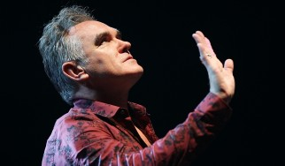 """""""I Am Not Α Dog Οn Α Chain"""": Ο Morrissey επιστρέφει…"""