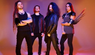 """This World Ιs Burning"": Οι Neonfly επιστρέφουν με νέο single"