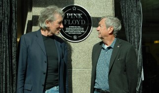 "O Roger Waters συναντά τον Nick Mason στο… ""Set The Controls For The Heart Of The Sun"""
