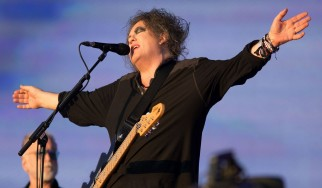 The Cure: Τρία νέα άλμπουμ στα σκαριά!