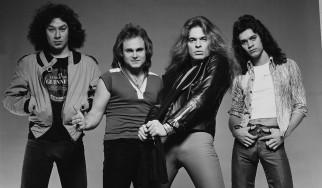Ο David Lee Roth διεκδικεί μέχρι και τα solo στο ντεμπούτο των Van Halen