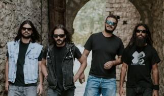 """Father Sun"": Οι Villagers Οf Ioannina City επιστρέφουν με νέο κομμάτι"