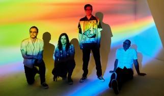 Νέο άλμπουμ-έκπληξη με διασκευές από τους Weezer