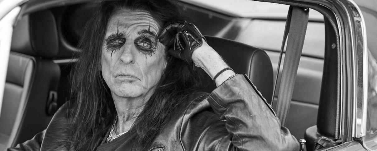 Ο Alice Cooper επιστρέφει στις ρίζες με τον νέο του δίσκο
