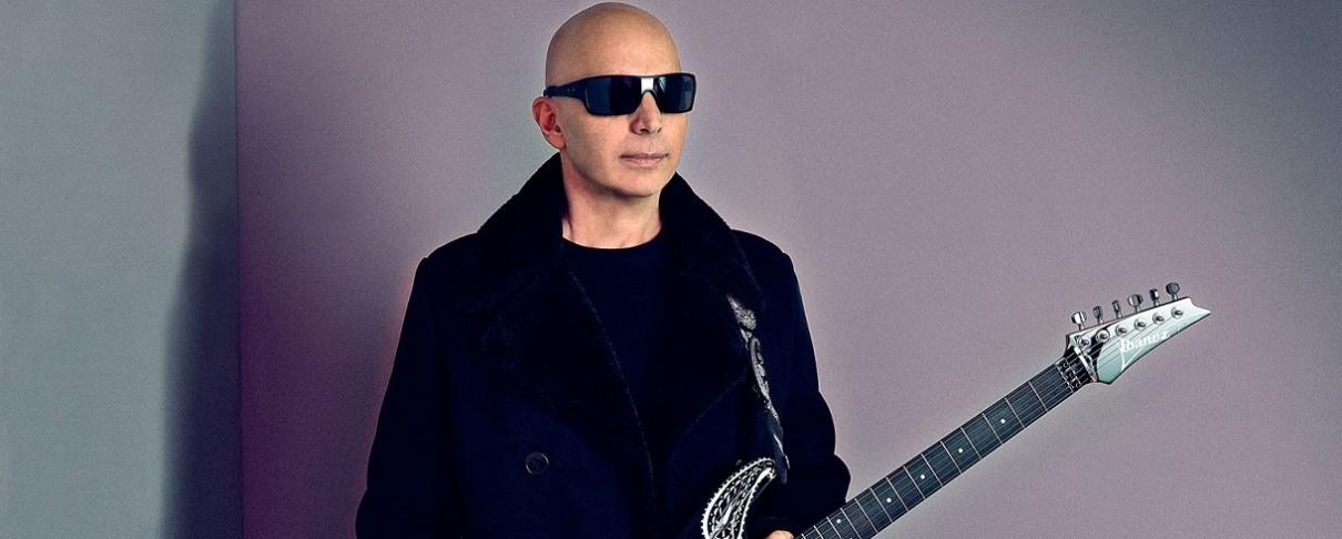 "Joe Satriani: «Έκανα ""tapping"" στην κιθάρα πριν ακούσω τον Eddie Van Halen»"