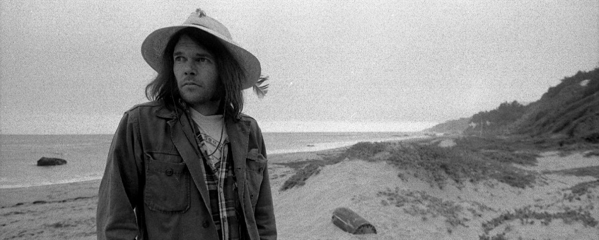 "O Neil Young δίνει στη δημοσιότητα το περίφημο άλμπουμ του ""Homegrown"""
