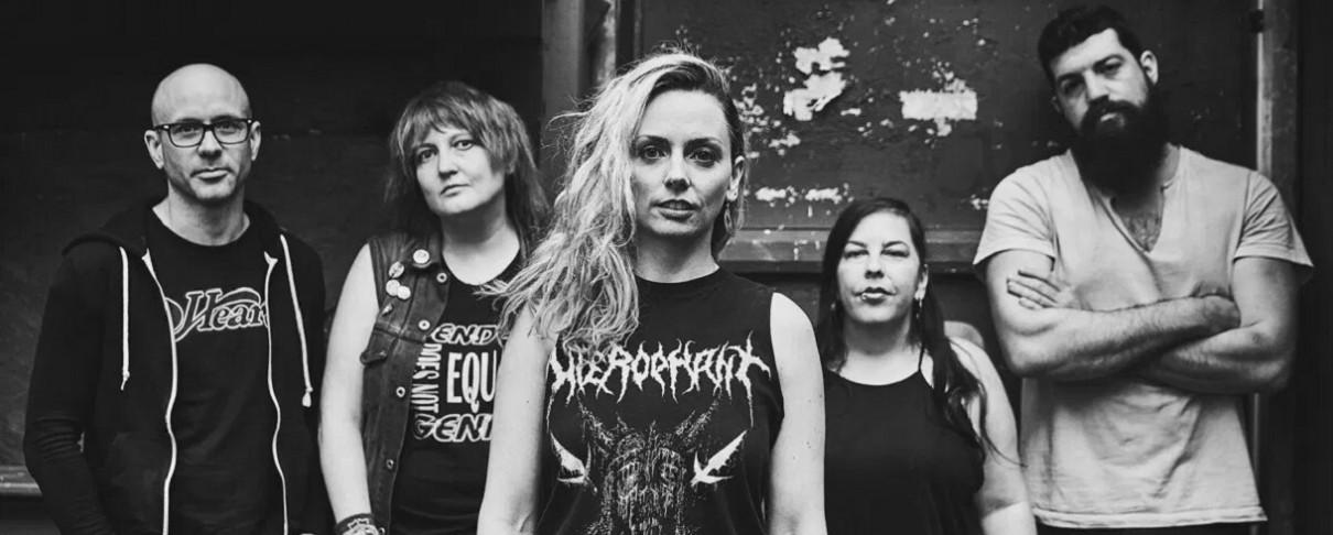 Ακούστε το καινούργιο single των War On Women