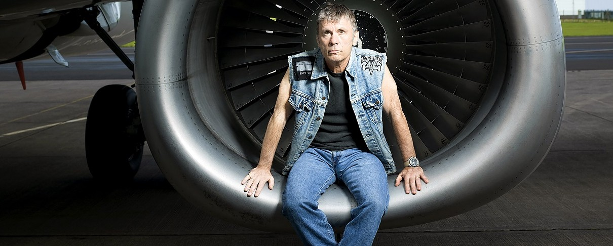 Ο Bruce Dickinson γίνεται… πιλότος της RAF