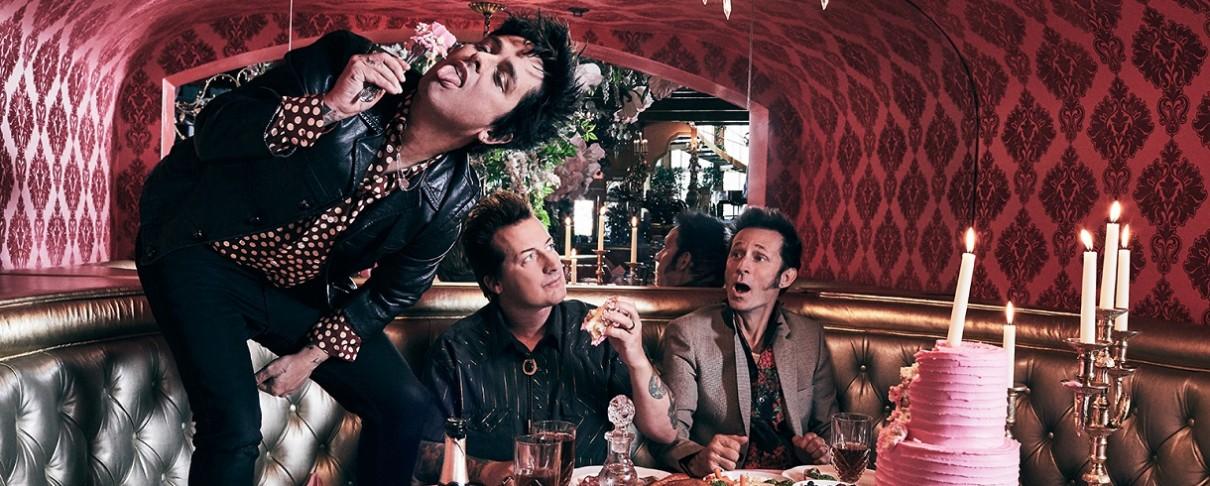 """Οι Green Day συναντούν… στην στέγη τον πρωταγωνιστή του """"Stranger Things"""", Gaten Matarazzo"""