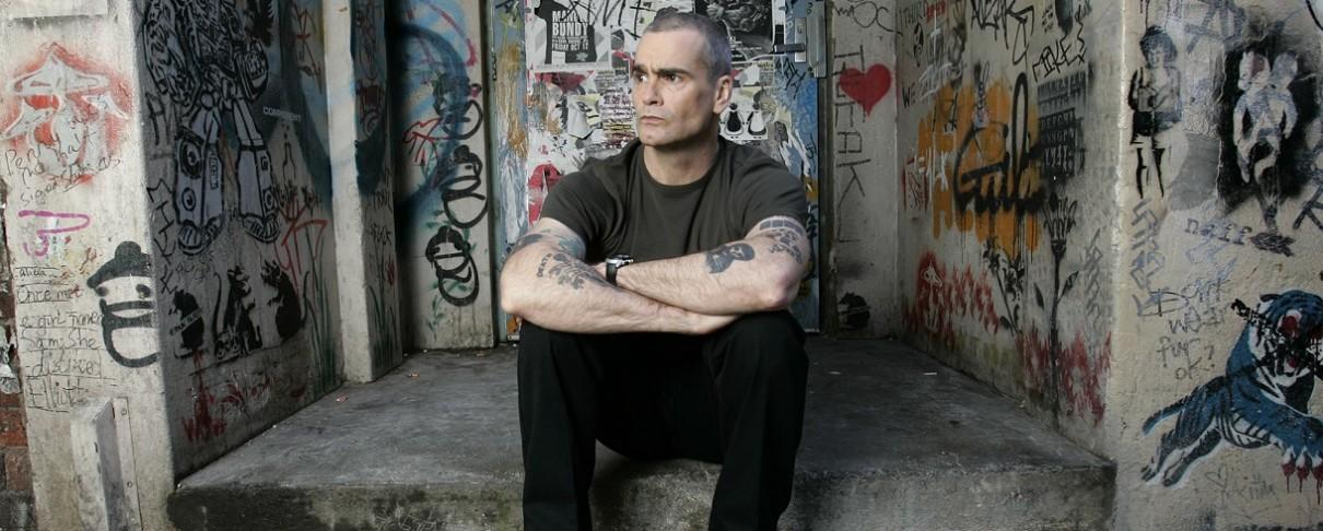 Ο Henry Rollins «μοιράζεται» σπάνιες ηχογραφήσεις των Stooges, Bad Brains, The Fall κ.α.