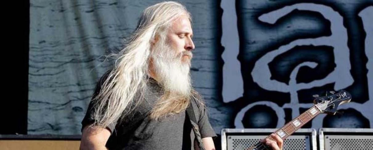 «Ο Trump είναι ένας δολοφονικός κοινωνιοπαθής» δηλώνει ο μπασίστας των Lamb Of God
