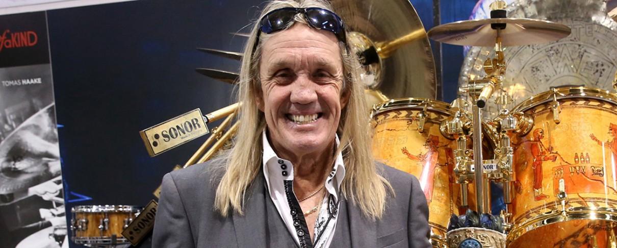 Nicko McBrain: «Οι Iron Maiden δεν είναι σατανική μπάντα»