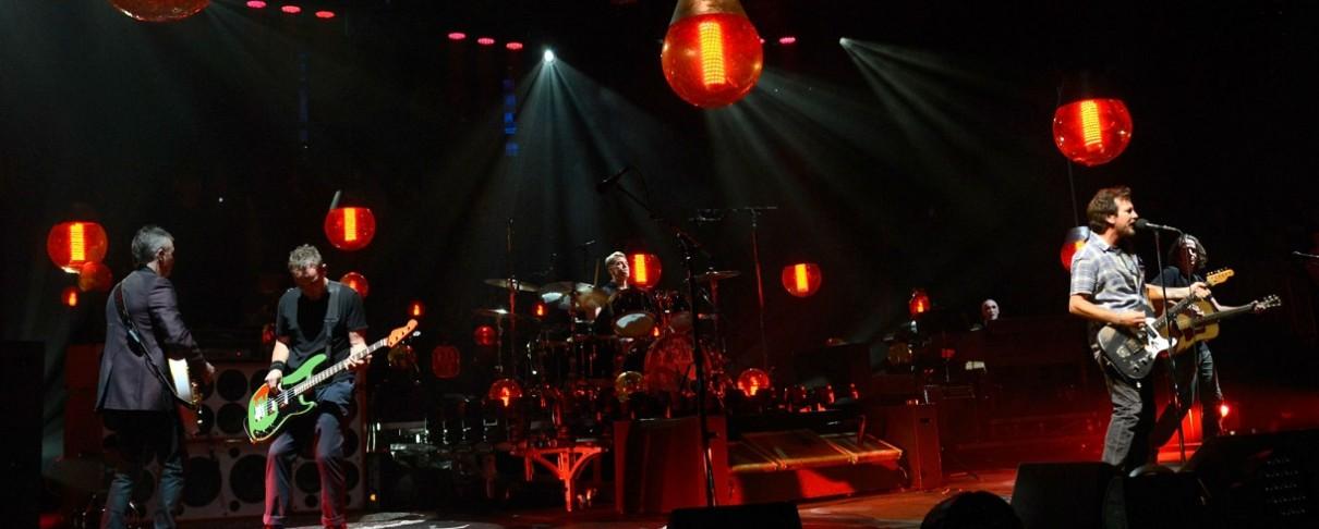 Συγκινητικός φόρος τιμής των Pearl Jam για τα είκοσι χρόνια από την τραγωδία του Roskilde Festival