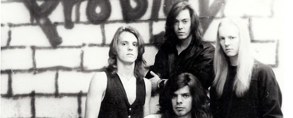 Απεβίωσε ο πρώην τραγουδιστής των Mystic Force, William Wren