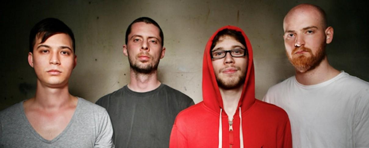 Οι Sleepmakeswaves κυκλοφορούν τρία EP μέσα στο χρόνο