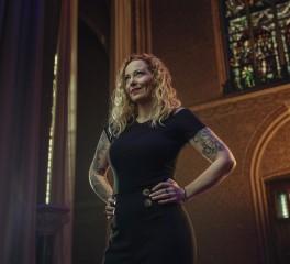 Νέος δίσκος από την Anneke van Giersbergen