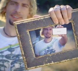"""Οι Nickelback παρωδούν το video-clip του """"Photograph"""""""
