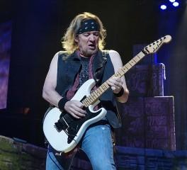 Adrian Smith: «Οι Iron Maiden δεν βασίστηκαν ποτέ στις πωλήσεις δίσκων ή στο ραδιόφωνο»