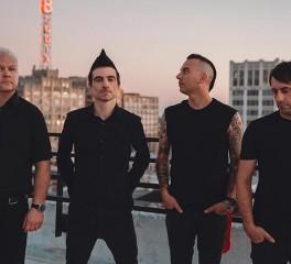 Συνεργασία των Anti-Flag με τον Tom Morello, τον ράπερ De'Wayne και την Marcia Richards των Skints