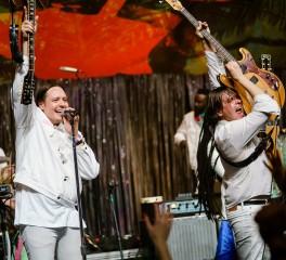 Οι Arcade Fire παρουσιάζουν ζωντανά νέο τραγούδι