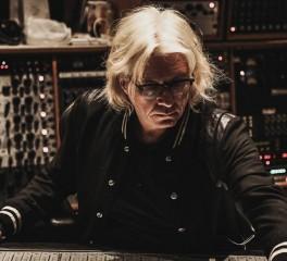 """Ο Bob Rock εξηγεί τον ήχο του ταμπούρου στο """"St. Anger"""" των Metallica"""