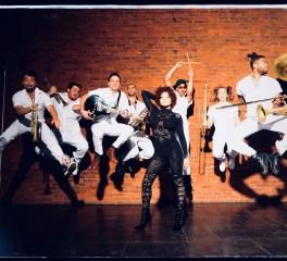 Οι Brass Against κυκλοφορούν το ντεμπούτο τους άλμπουμ