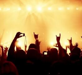 Πείραμα σχετικά με την εξάπλωση του κορονοϊού σε συναυλίες με συμμετοχή θεατών