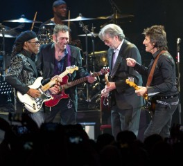Eric Clapton, Ronnie Wood, Roger Waters τζαμάρουν για τον Ginger Baker