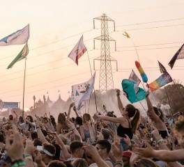 Ακυρώνεται και το Glastonbury Festival