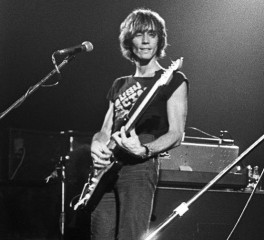 Πέθανε ο κιθαρίστας και συνθέτης της Patti Smith, Ivan Kral