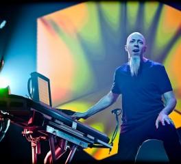 Ο Jordan Rudess στα keyboards των Deep Purple