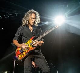 Ο Kirk Hammett γράφει horror κομμάτια