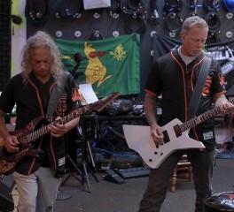 Οι Metallica παίζουν τον εθνικό ύμνο των H.Π.Α. σε αγώνα των San Francisco Giants