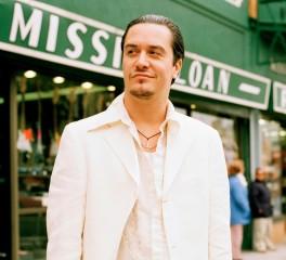 Ο Mike Patton «μοιράζεται» μουσική και ταινίες για την καραντίνα