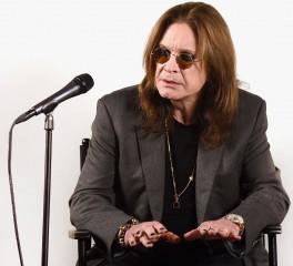Ο Ozzy Osbourne αποκαλύπτει ότι πάσχει από τη νόσο του Πάρκινσον