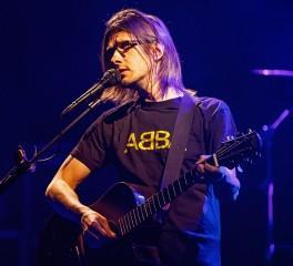 Ο Steven Wilson αναβάλει την κυκλοφορία της νέας του δουλειάς λόγω πανδημίας