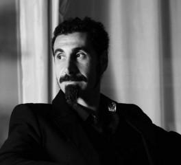 Serj Tankian: «H φιλία μας πιο σημαντική από την μπάντα»
