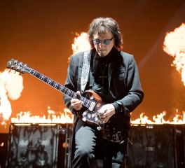 Tony Iommi και Nick Mason συνεργάζονται για φιλανθρωπικό σκοπό