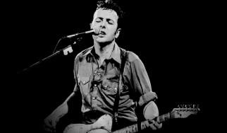 Bruce Springsteen, Josh Homme, Tom Morello, Jim Jarmusch κ.ά. τιμούν τον Joe Strummer
