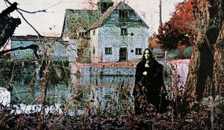Black Sabbath: Αποκαλύφθηκε η γυναίκα που ποζάρει στο εξώφυλλο του πρώτου άλμπουμ, 50 χρόνια μετά