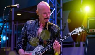 Έφυγε από την ζωή ο περιζήτητος κιθαρίστας Bob Kulick