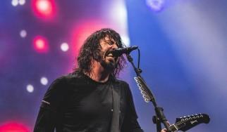 Dave Grohl: «Αν θελήσουμε, οι Foo Fighters θα μπορούσαν να μετατραπούν σε death metal μπάντα»