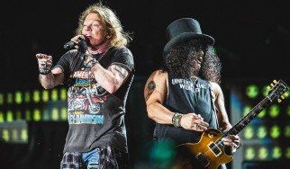 Δείτε τους Guns N' Roses να διασκευάζουν Soundgarden