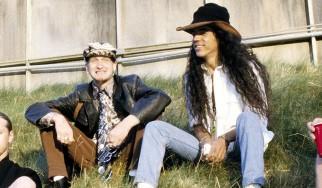 «Ο Layne Staley ήταν γεμάτος ζωή» δηλώνει ο μπασίστας των Alice In Chains