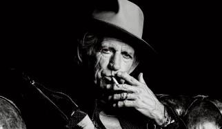 Ο Keith Richards «κόβει» το κάπνισμα…