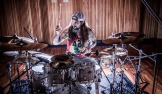 Portnoy, Kael, Coyle, Demmel και Ojeda διασκευάζουν Metallica (video)