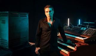 Πλήθος σπουδαίων καλεσμένων στον νέο δίσκο του Derek Sherinian