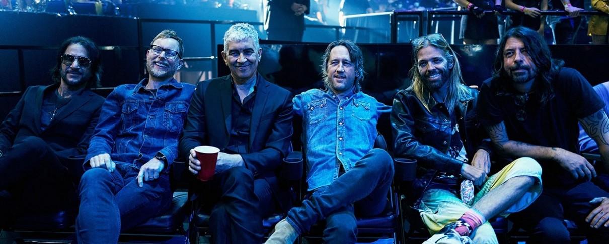 Δείτε την εμφάνιση των Foo Fighters στα Μουσικά Βραβεία του MTV