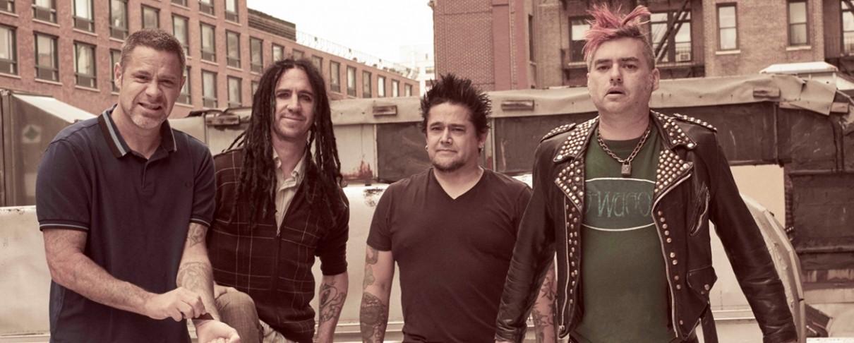 Συνεργασία με τους Avenged Sevenfold στον καινούργιο δίσκο των NOFX